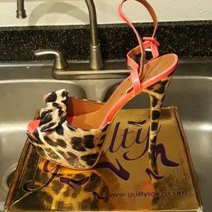 Shoes - Size 11 Cheetah Heels